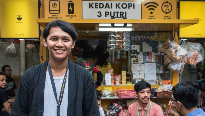 Warung Pintar CEO: How My Grandmother Inspired Our Vision for Indonesian Mom-and-pop Shops