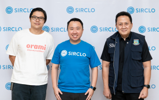 Left to right: CEO of Orami Ferry Tenka, CEO of SIRCLO Brian Marshal, Venture Advisor of East Ventures Triawan Munaf